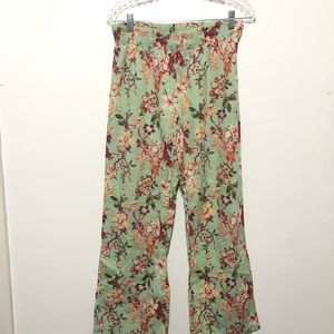 World Market Floral Wide leg Flowy Pants size S/M